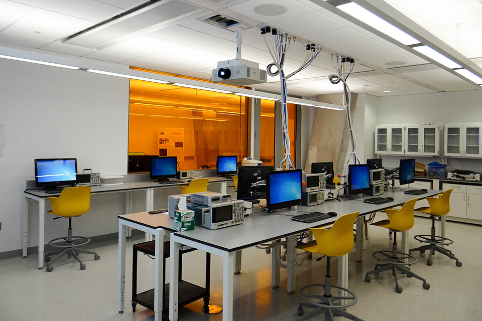 Engineering Design Lab : Teaching labs seh academic technologies the george
